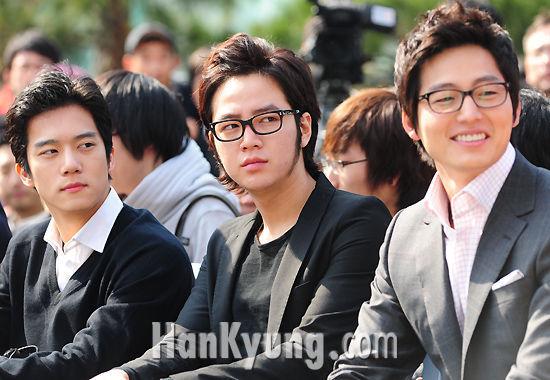 http://www.hankyung.com/photo/200903/2009030998467_2009030978201.jpg