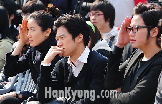 http://www.hankyung.com/photo/200903/2009030998647_2009030978231.jpg